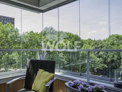 Vouwwanden en balkonbeglazing